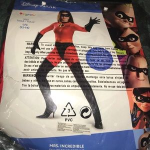 Adult costume MRS INCREDIBLE BRAND NEW large 12-14
